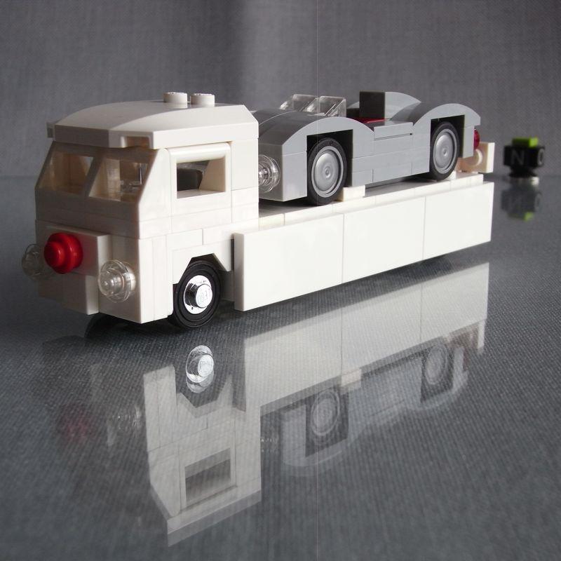 "VW T1 Renntransporter ""Rennstall Bunker"" (4-Wide)"